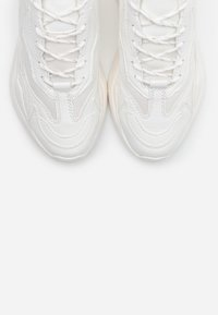 Topshop - CANCUN CHUNKY TRAINER - Sneakers basse - white - 5