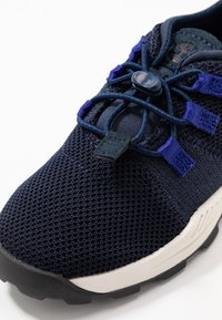 Timberland - BROOKLYN FLEXI - Trainers - navy - 2