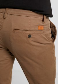 Timberland - SARGENT LAKE STRETCH - Chino - cub - 5