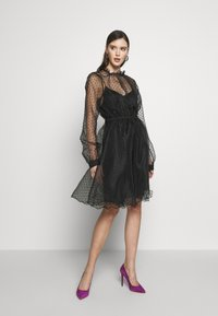Custommade - VIRA DRESS - Koktejlové šaty/ šaty na párty - anthracite black - 1
