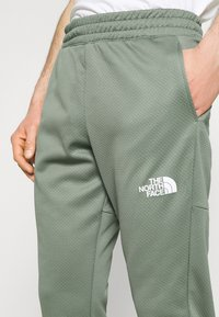 The North Face - PANT - Tracksuit bottoms - agave green - 4