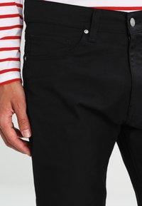 Carhartt WIP - VICIOUS PANT LAMAR - Trousers - black rinsed - 3