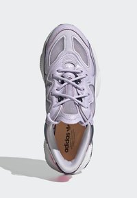 adidas Originals - OZWEEGO LITE W - Trainers - purple - 4