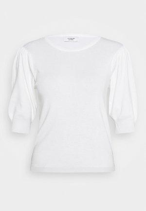JDYBRIDGET - T-shirts - cloud dancer