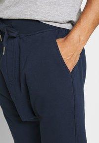 Schott - Shorts - navy - 4