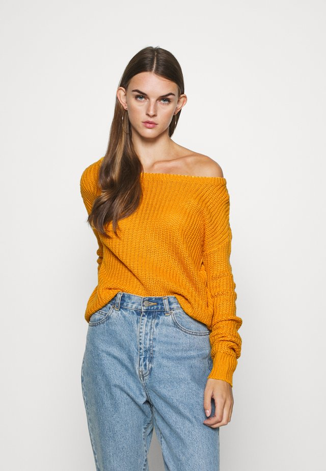 OPHELITA OFF SHOULDER JUMPER - Pullover - mustard