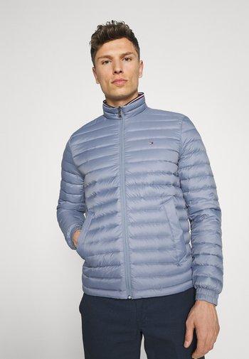 PACKABLE JACKET - Gewatteerde jas - colorado indigo