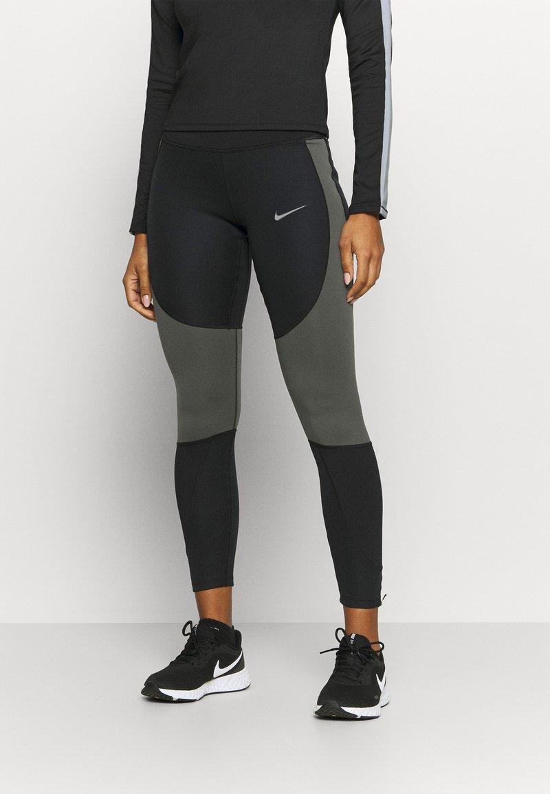 Nike Performance - RUN EPIC  - Collants - black/newsprint/reflect black