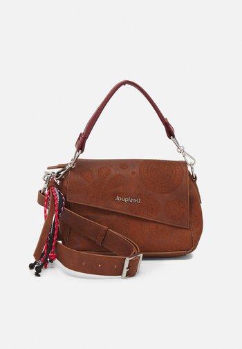 BOLS DEJA PHUKET MINI - Handbag - brown