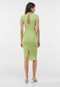 Bershka - MIT RING UND CUT-OUTS - Cocktail dress / Party dress - green - 2