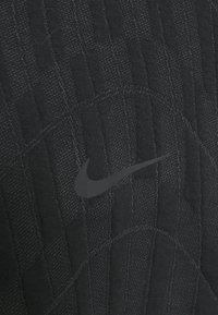 Nike Sportswear - HOODIE - Sweatshirt - black/smoke grey - 6
