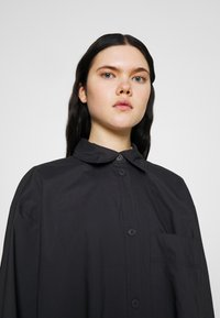 Monki - CAROL DRESS - Shirt dress - grey dark - 4