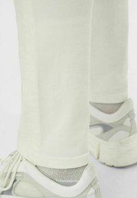 J.LINDEBERG - Pantaloni - cloud white - 3