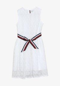 Tommy Hilfiger - STRIPE DRESS  - Sukienka koktajlowa - white - 3