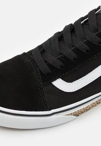 Vans - OLD SKOOL - Trainers - black - 5