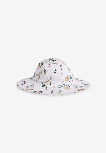 Hat - off-white