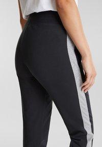 Esprit Sports - MIT SAUMZIPPERN - Tracksuit bottoms - black - 4