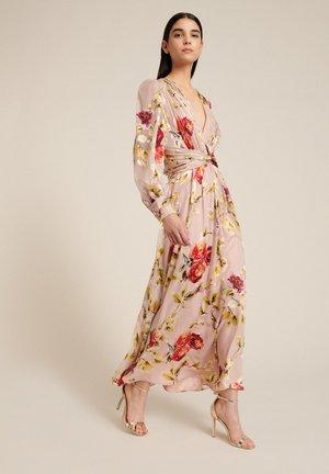 GELSI - Maxi dress - var rosa/corallo