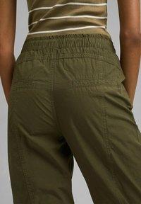 edc by Esprit - TWIST  - Trousers - khaki green - 4