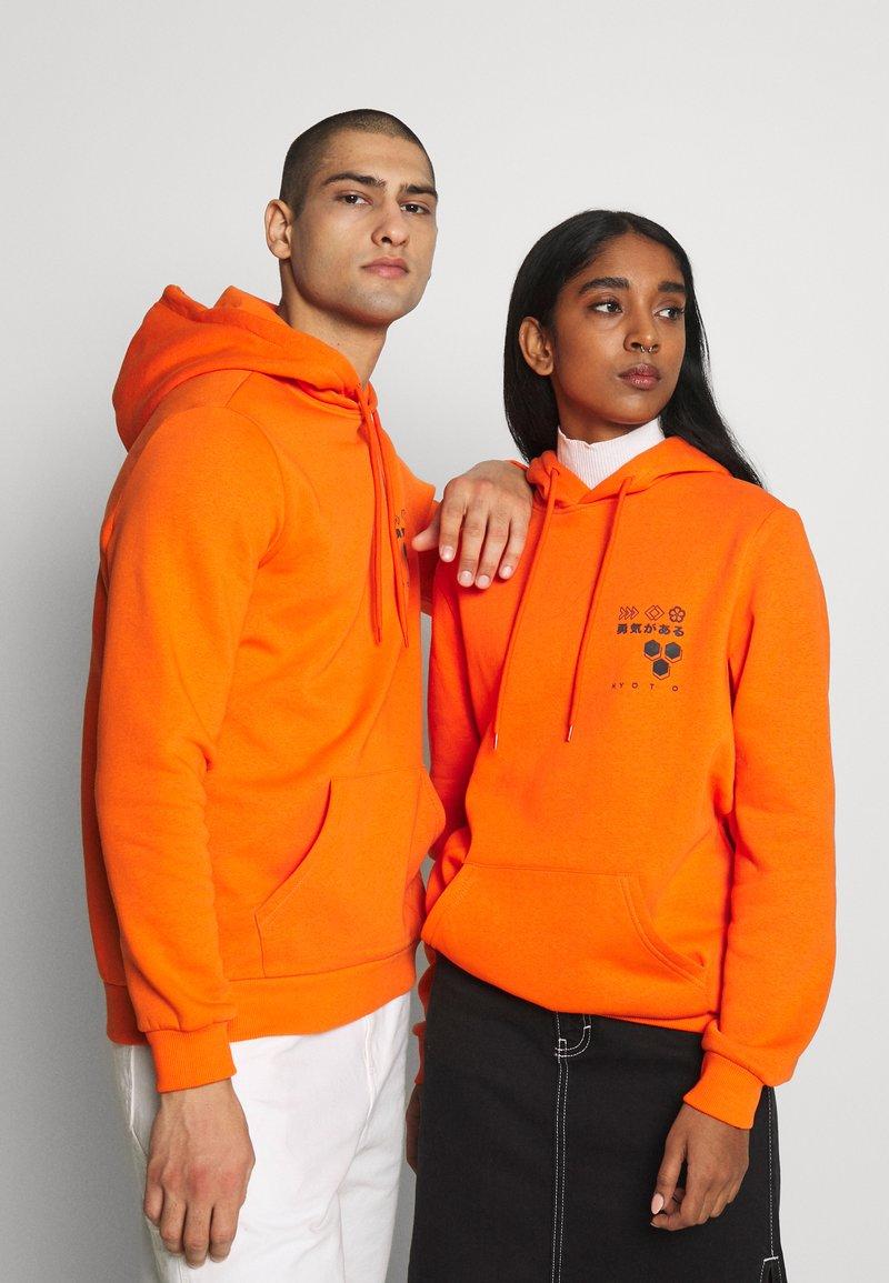 YOURTURN - Luvtröja - orange