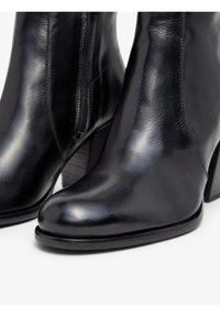 Bianco - BIADELMA - Classic ankle boots - black - 4