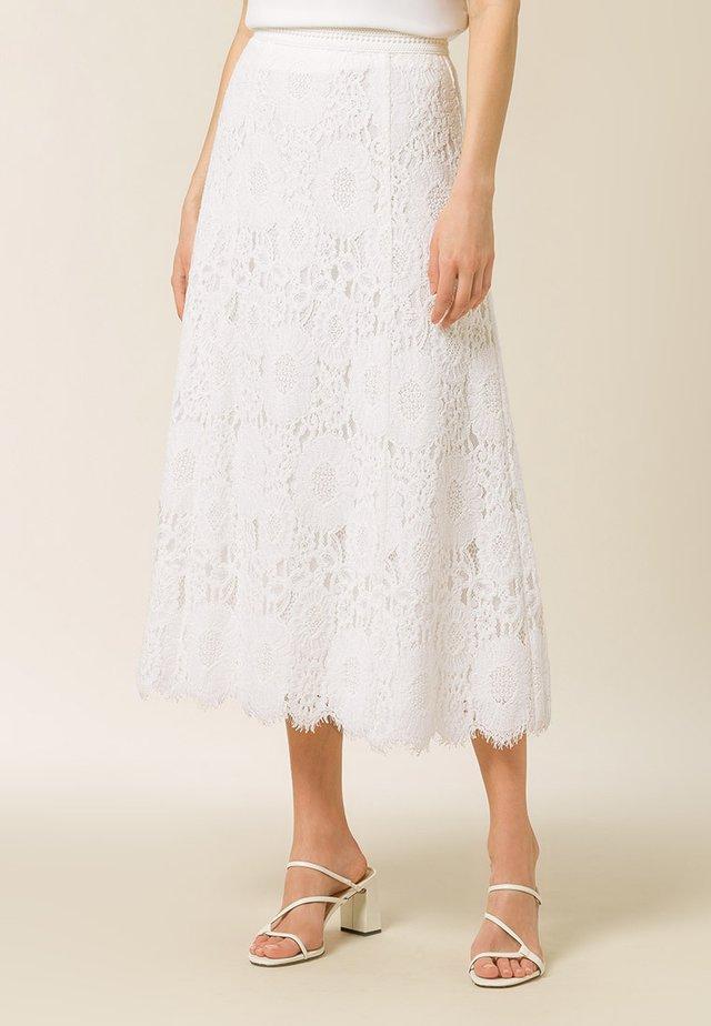 A-snit nederdel/ A-formede nederdele - snow white