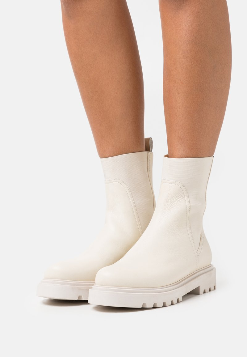 Zign - LEATHER  - Classic ankle boots - beige