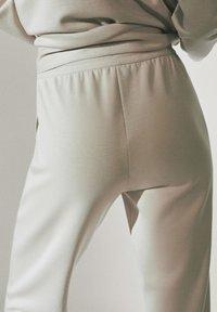 Massimo Dutti - Tracksuit bottoms - beige - 4