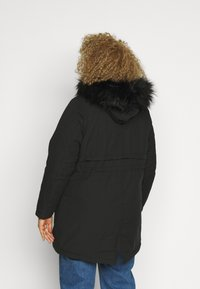 New Look Curves - LI HOODED - Parka - black - 2