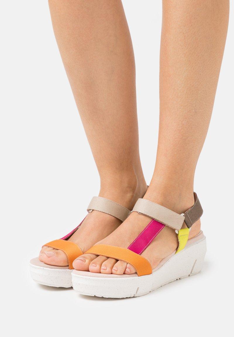 Wonders Green - Platform sandals - orange