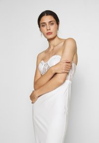 LEXI - KIRBY DRESS - Cocktail dress / Party dress - white - 4