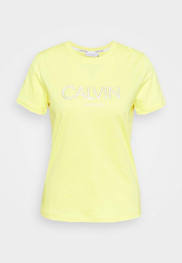 LOGO TEE - T-shirt print - aurora