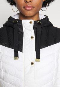 Barbour International - LIGHTNING QUILT - Light jacket - optic white/black - 6