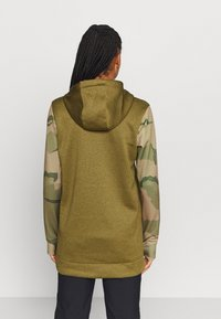 Burton - OAK LONG - Bluza z kapturem - khaki - 2