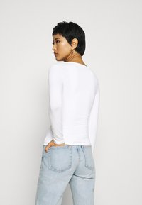 Armani Exchange - Long sleeved top - off white - 2