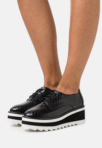 Madden Girl - MARSHALL - Lace-ups - black - 0