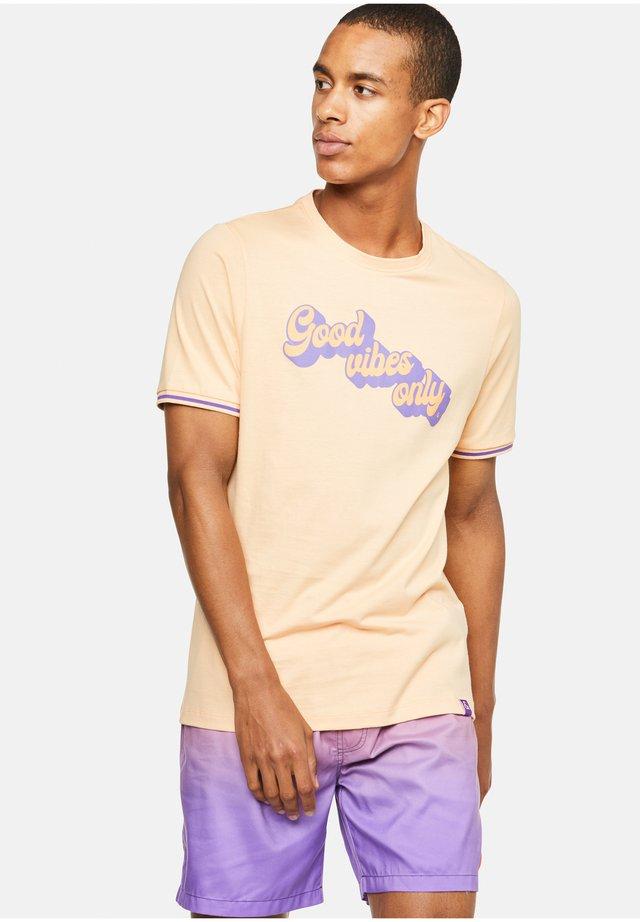 TYSON - T-shirt con stampa - orange