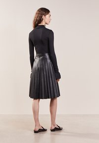J.CREW - A-line skirt - black - 2