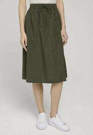 A-line skirt - grape leaf green