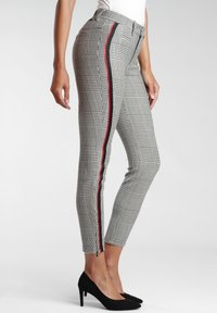 Gang - Trousers - white houndstooth - 2