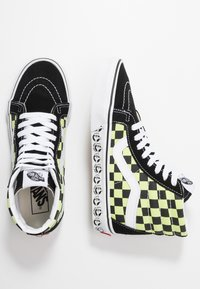 Vans - SK8 REISSUE - High-top trainers - black/sharp green - 1
