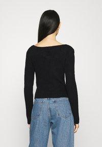 Weekday - PAOLINA V NECK - Pullover - black - 2