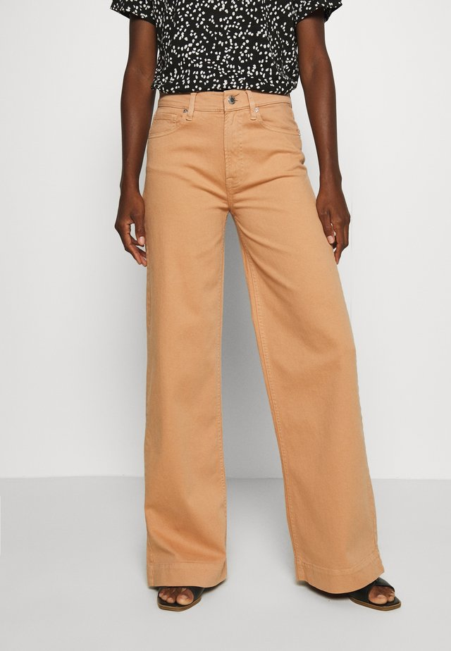 GILLY WIDE PANT  - Flared jeans - dusty peach