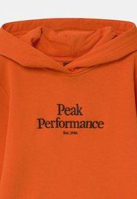 Peak Performance - ORIGINAL HOOD UNISEX - Mikina skapucí - orange altitude - 2