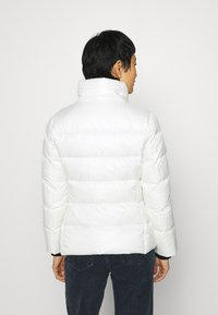 Calvin Klein - ESSENTIAL JACKET - Down jacket - snow white - 4