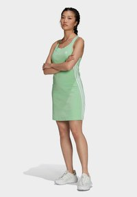 adidas Originals - ADICOLOR CLASSICS RACERBACK  - Jersey dress - green - 1