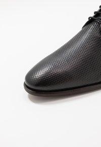 Pier One - LEATHER - Stringate eleganti - black - 5