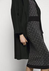 MICHAEL Michael Kors - SKIRT - Pencil skirt - black/silver - 3