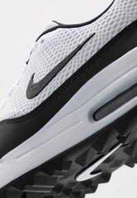 Nike Golf - AIR MAX 1 G - Obuwie do golfa - white/black - 5