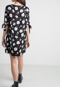 Tezenis - MIT KNOTEN - Day dress - nero st.magnolia - 2